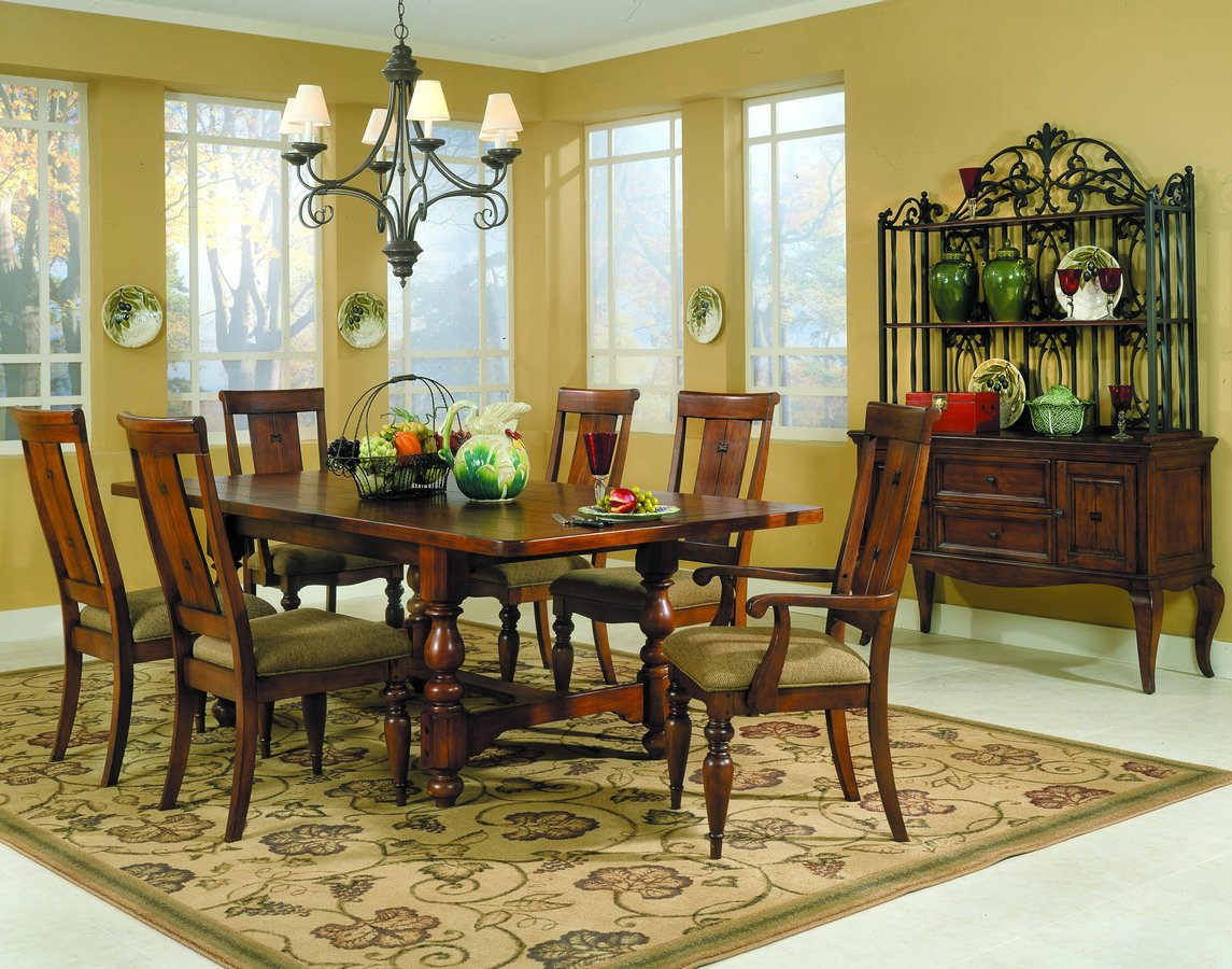 Homelegance Shady Brook Dining Collection
