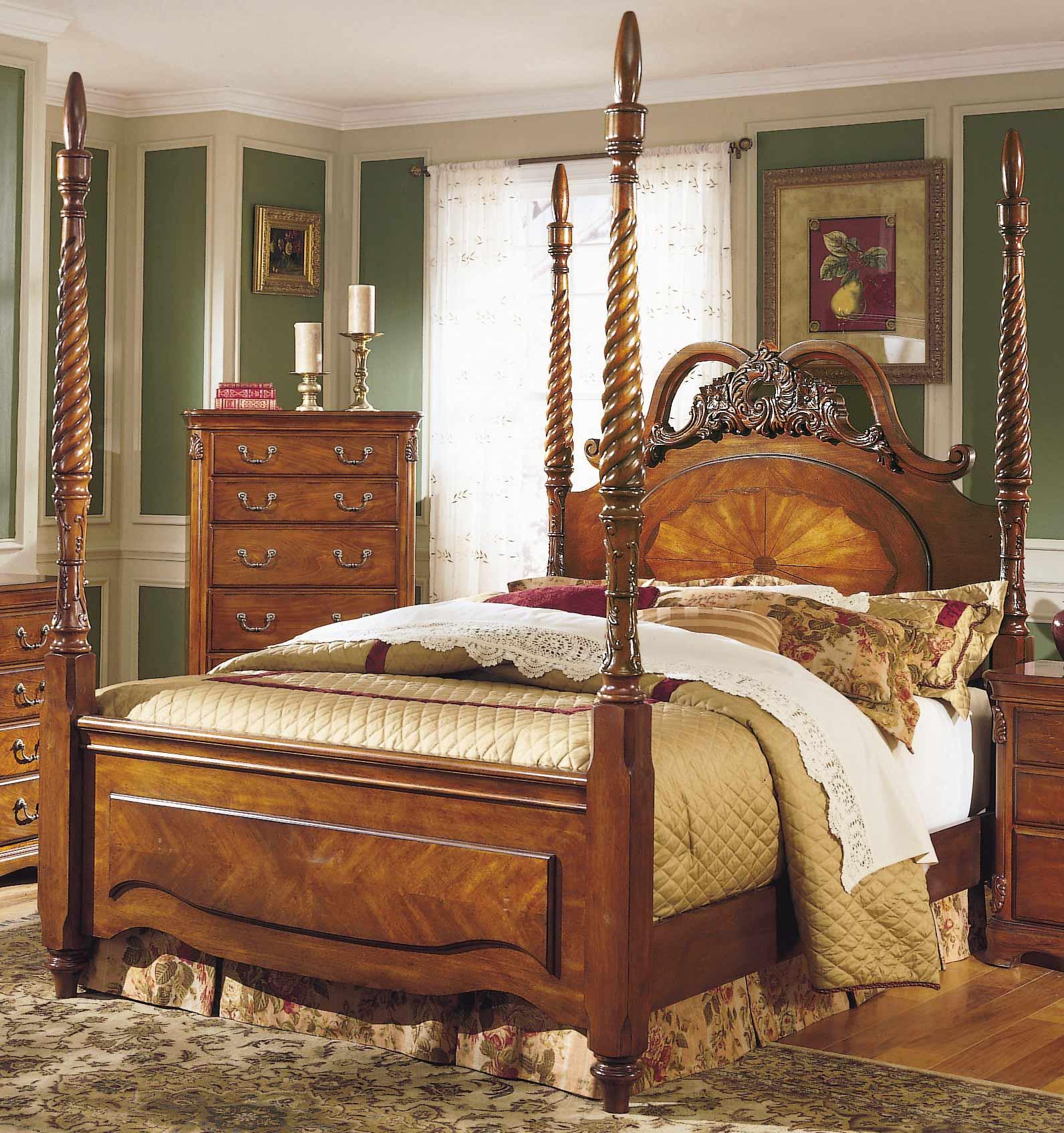 Homelegance Mediterranean Queen Poster Bed