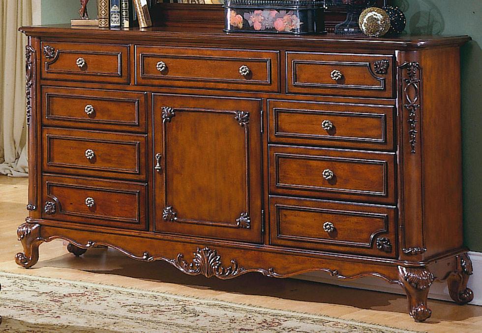 Homelegance Madaleine Dresser