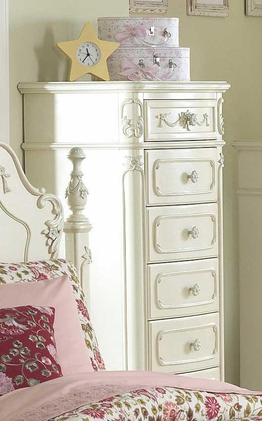 Homelegance Cinderella Lingerie Chest. Homelegance Cinderella Bedroom Collection   Ecru B1386 at