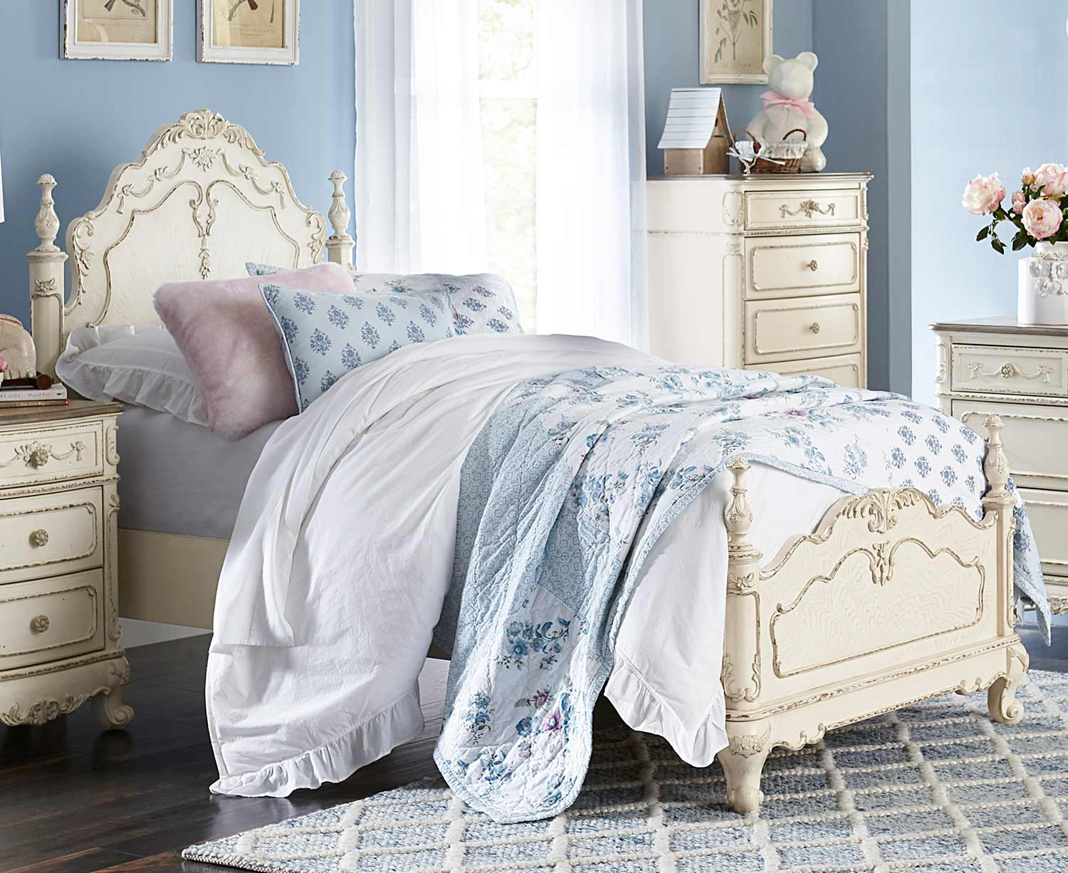 Homelegance Cinderella Bed - Antique White with Gray Rub-Through