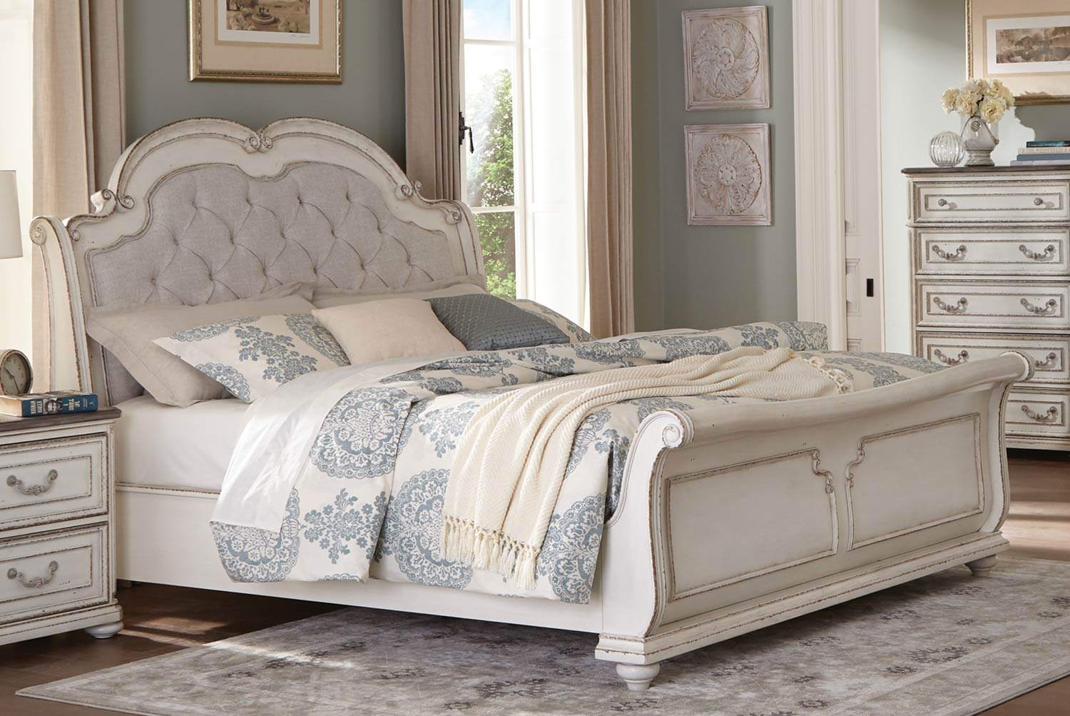 Homelegance Willowick Sleigh Bed - Antique White Finish