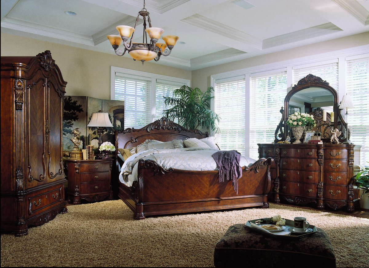 pulaski edwardian sleigh bedroom collection pf b242170 at. Black Bedroom Furniture Sets. Home Design Ideas