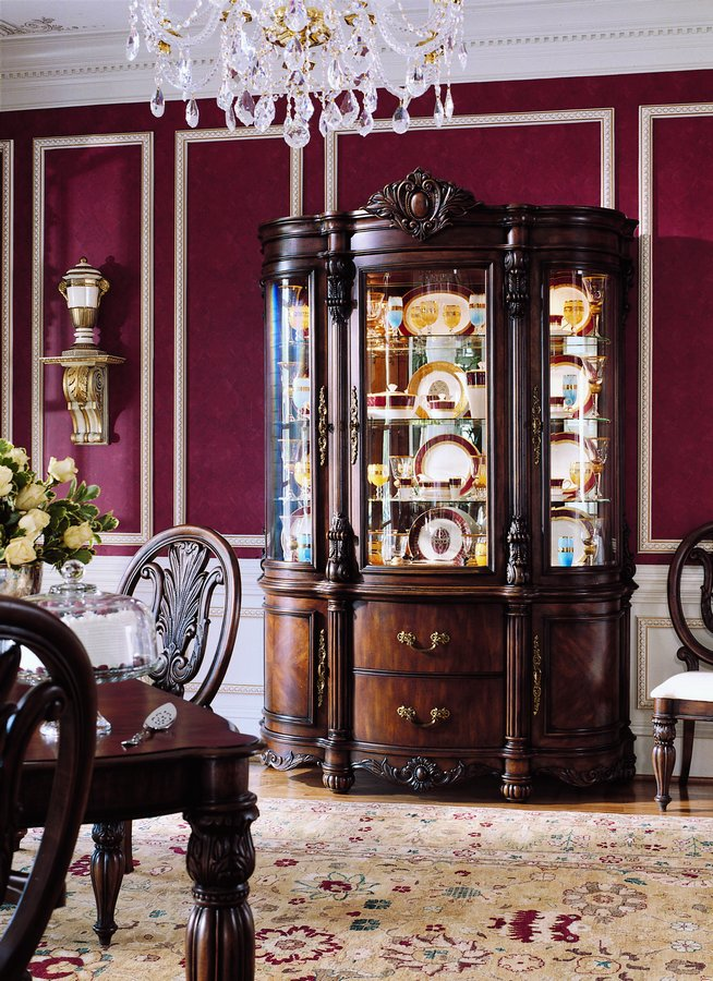Pulaski Edwardian China Cabinet