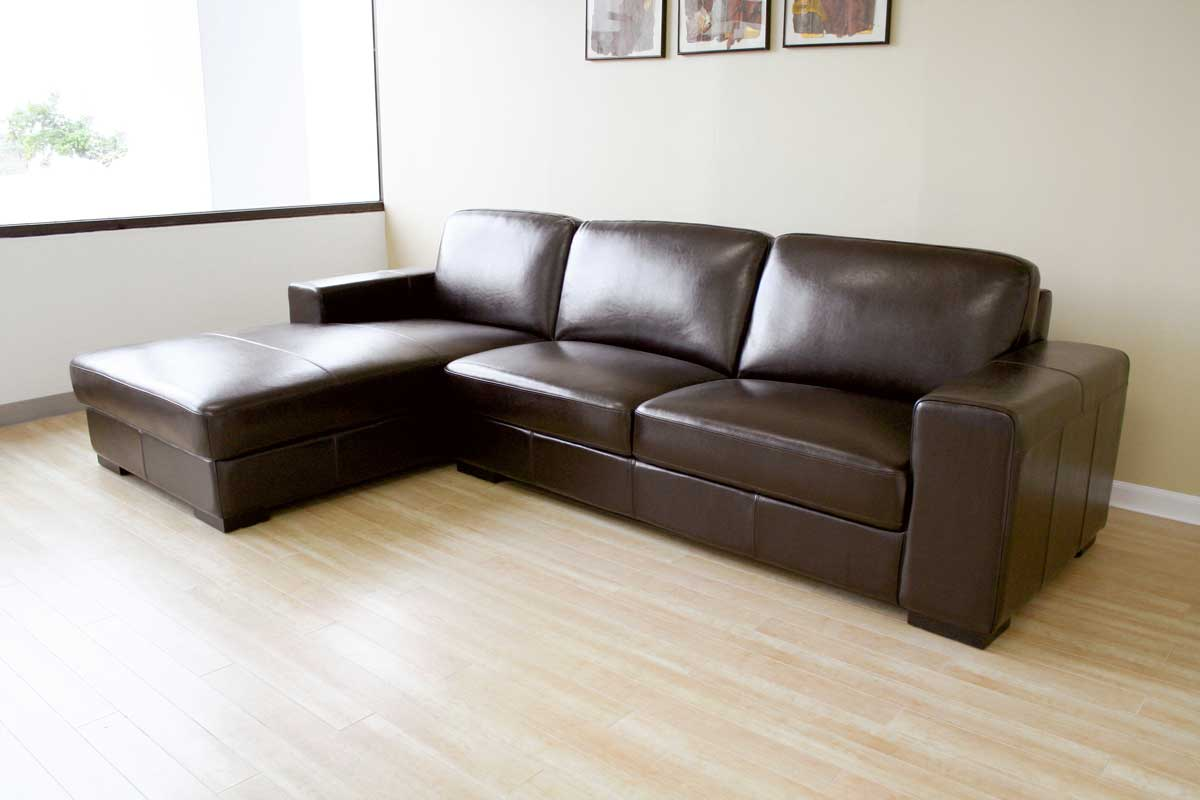Wholesale Interiors 3022 A713 Reverse 3022 A713 Bi Cast Leather Sectional Sofa   Reverse