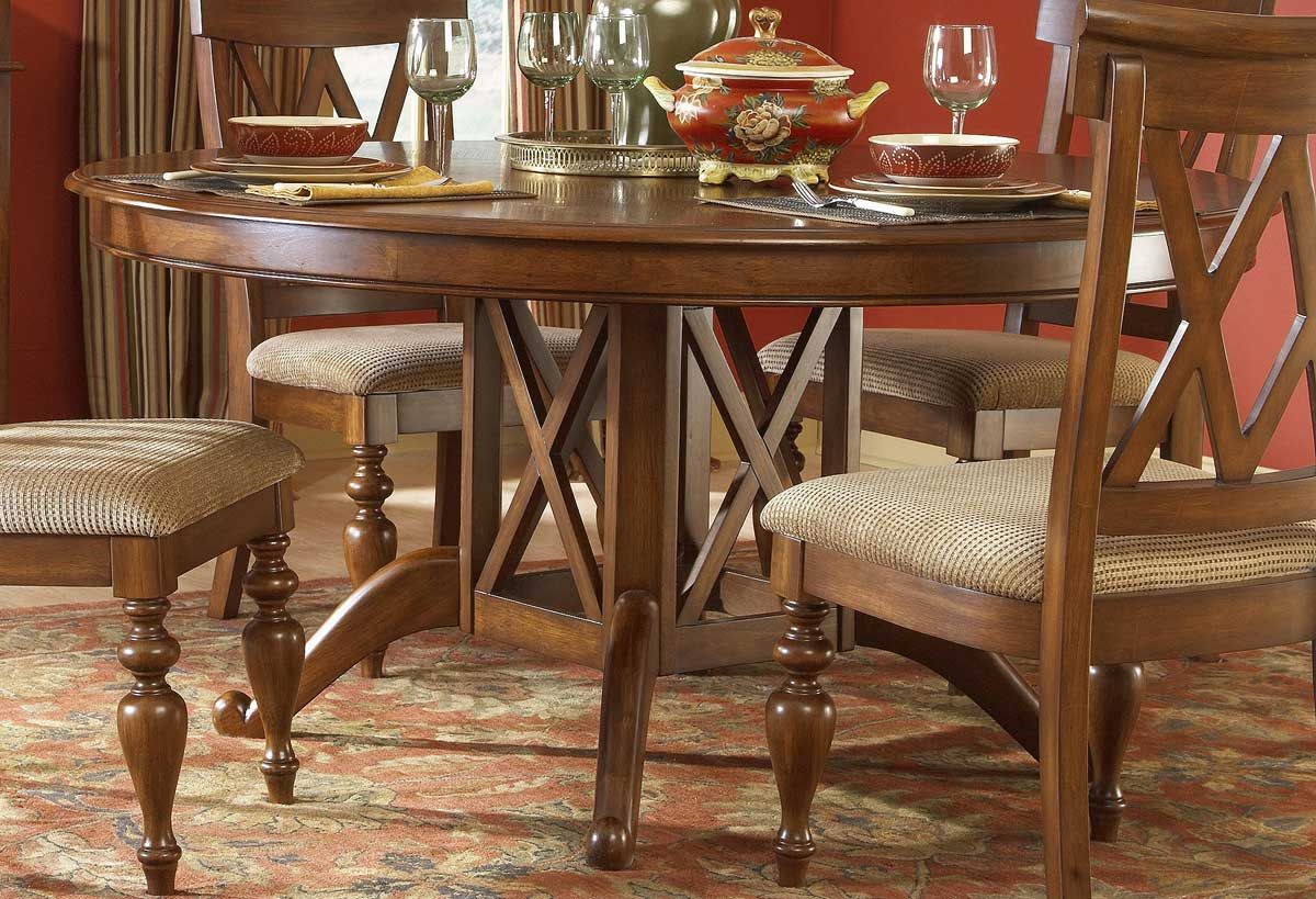 Homelegance Eagles Round Dining Table