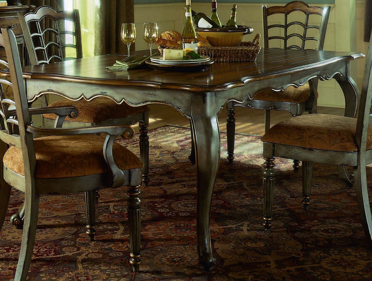 Pulaski Robins Egg Leg Table