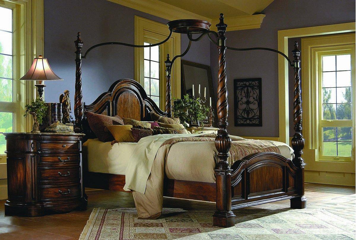Pulaski La Habana Canopy Bed