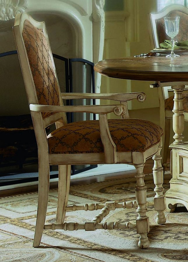 Pulaski Casa Cristina La Cienega Arm Chair