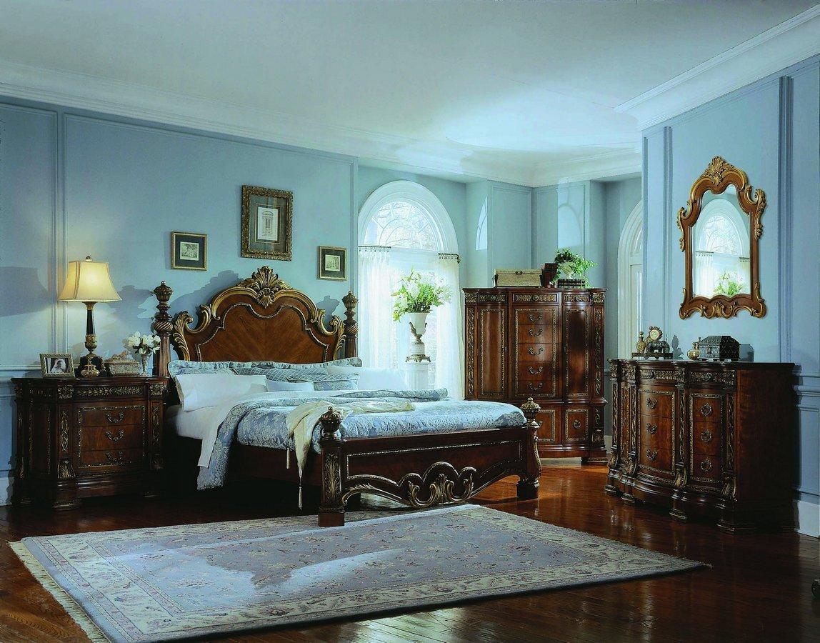 Pulaski Royale Poster Bedroom Collection