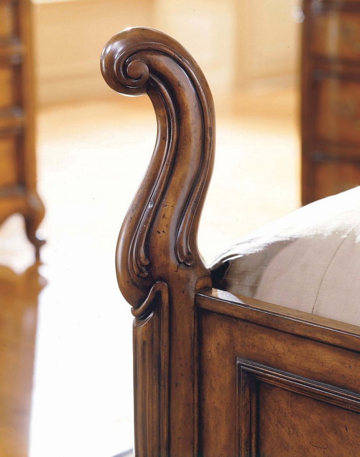 Pulaski Sauvignon Bedroom Collection