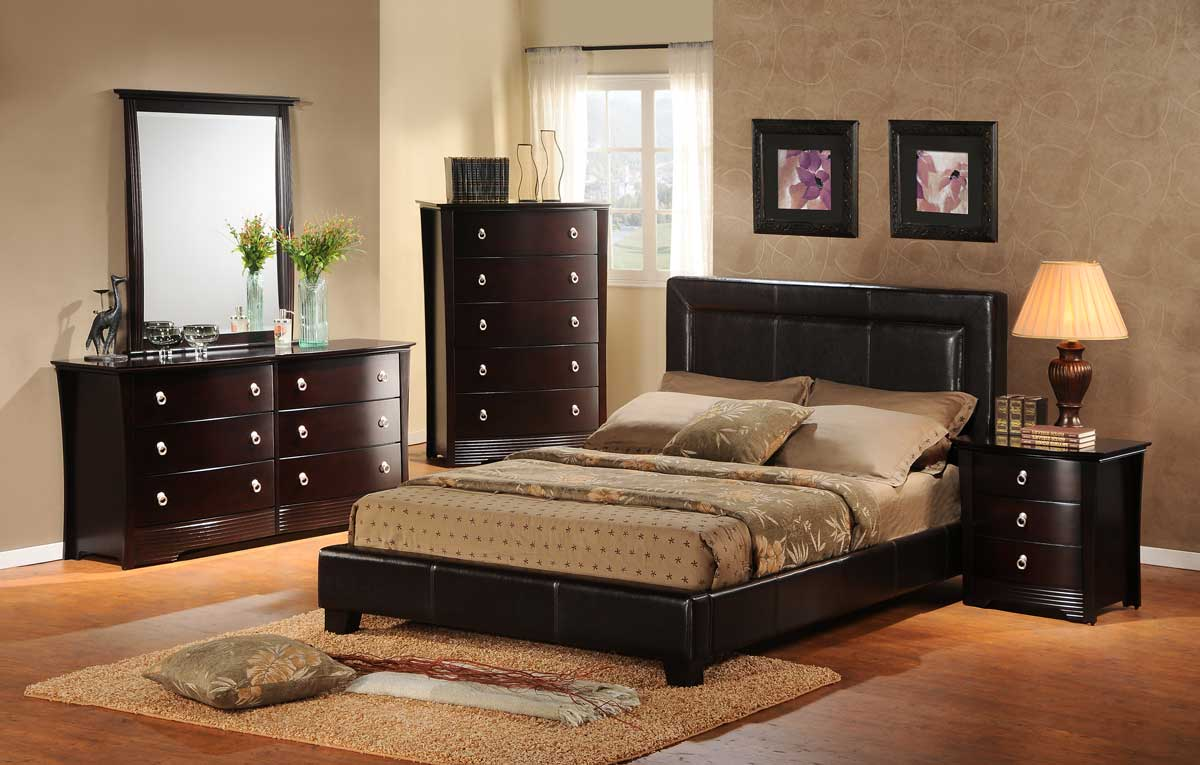 Homelegance Syracuse II Platform Bedroom Collection