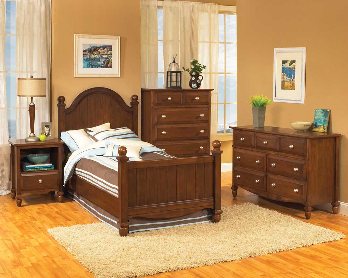 Home Styles Mayfair Bedroom Collection in Cherry