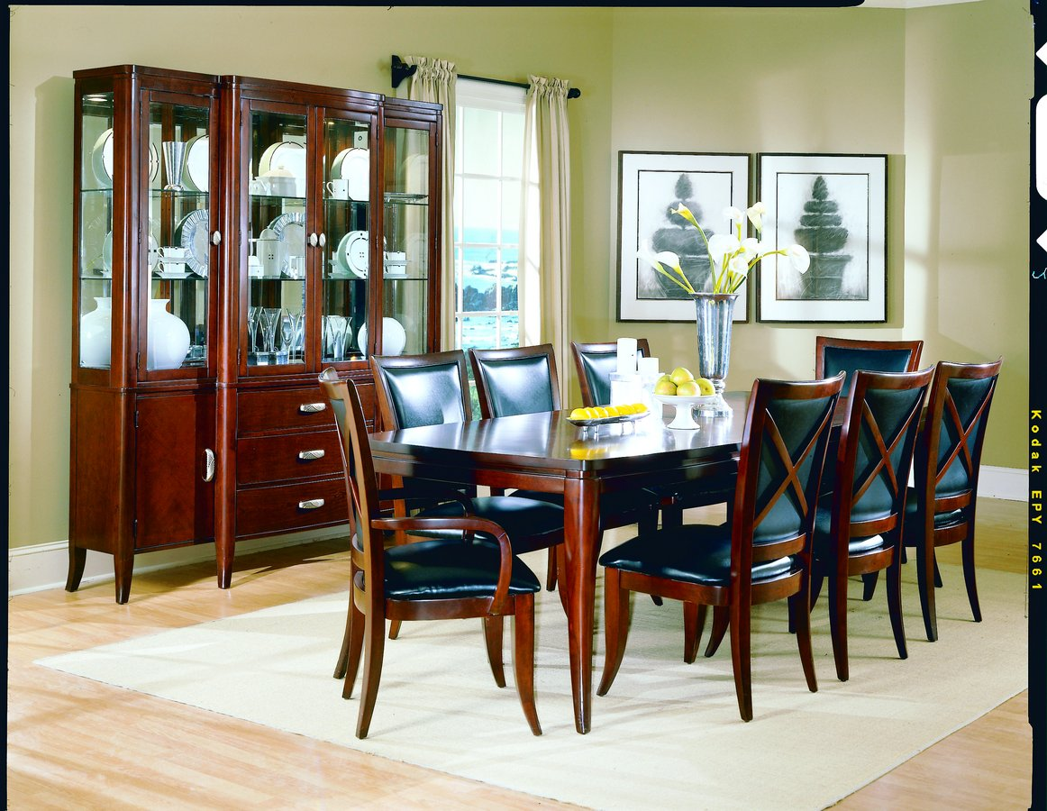 Homelegance 5th Avenue Dining Collection