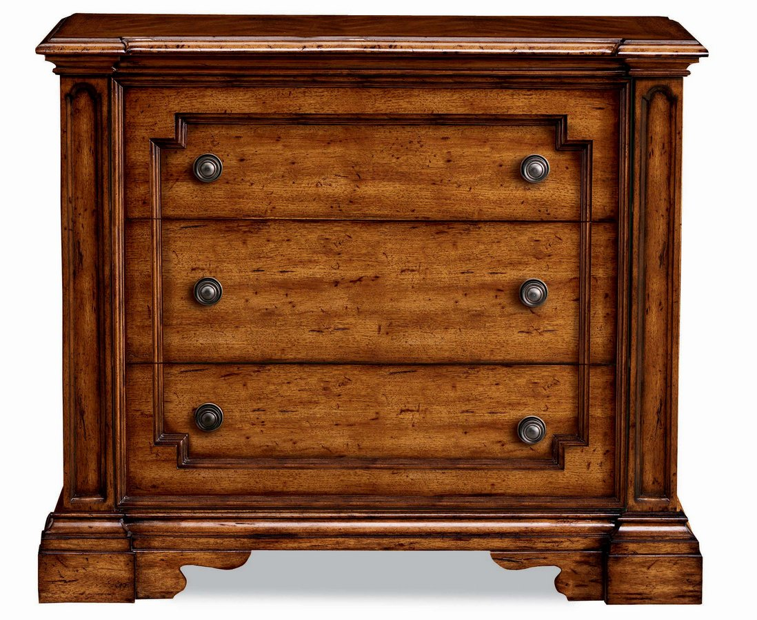 Pulaski Urbana Bachelor Chest