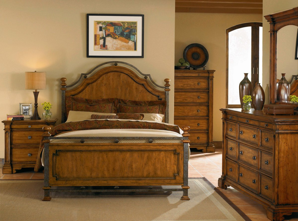 Pulaski Urbana Bedroom Collection