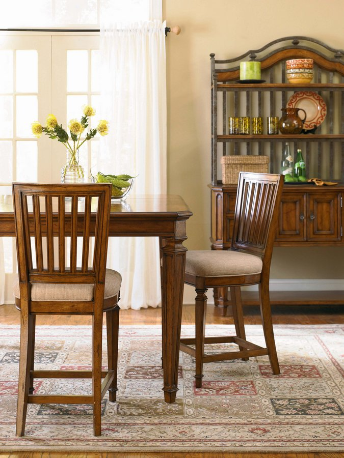 Pulaski Urbana Counter Stool
