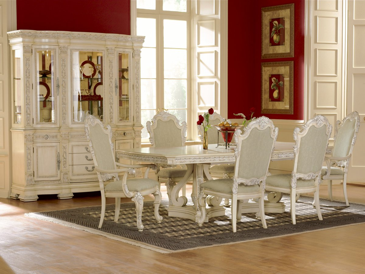 Pulaski Royale Silver Bisque Pedestal Dining Collection