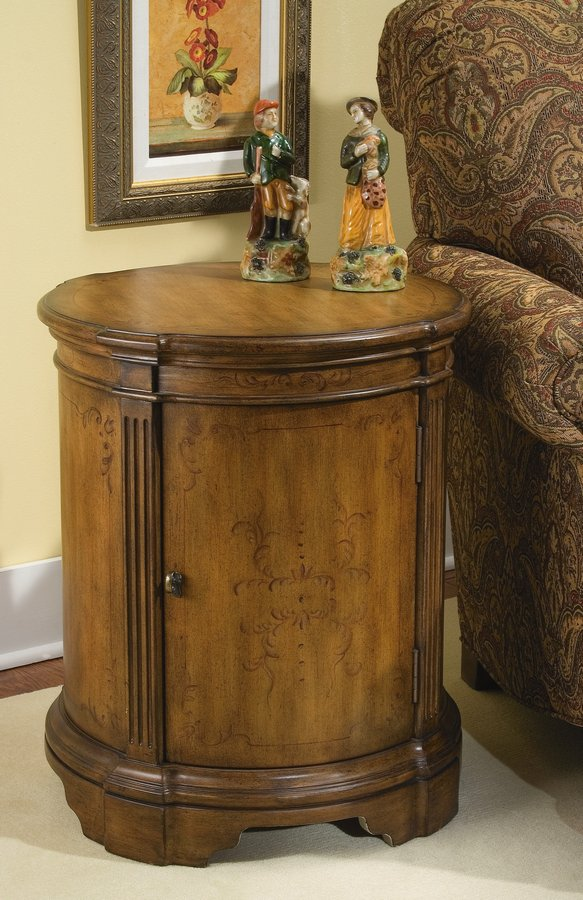 Photo of Pulaski Accentrics Accent Drum Table (Accent Furniture, Accent Tables)