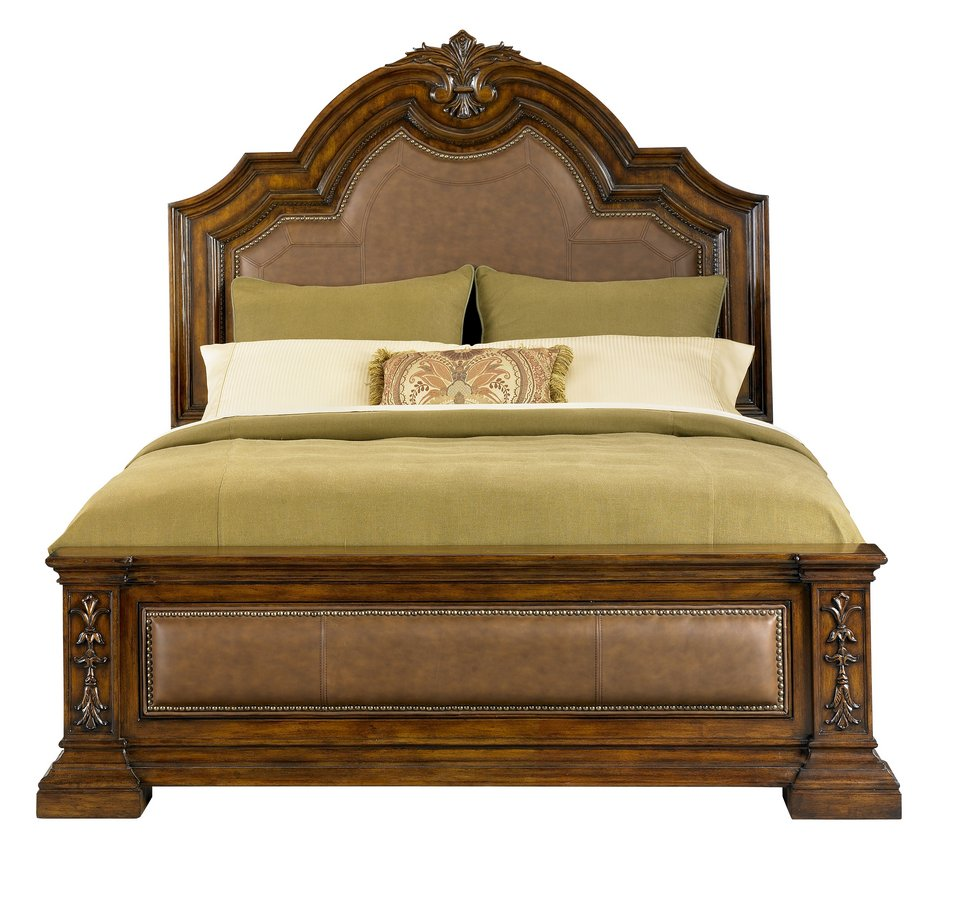 Pulaski Pamplona Panel Bed