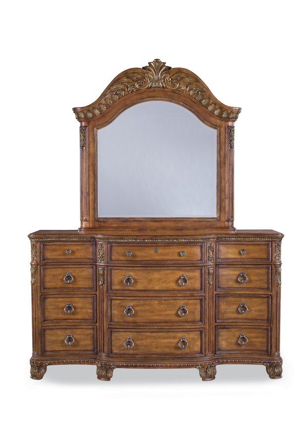 Pulaski Thaxton Court Dresser