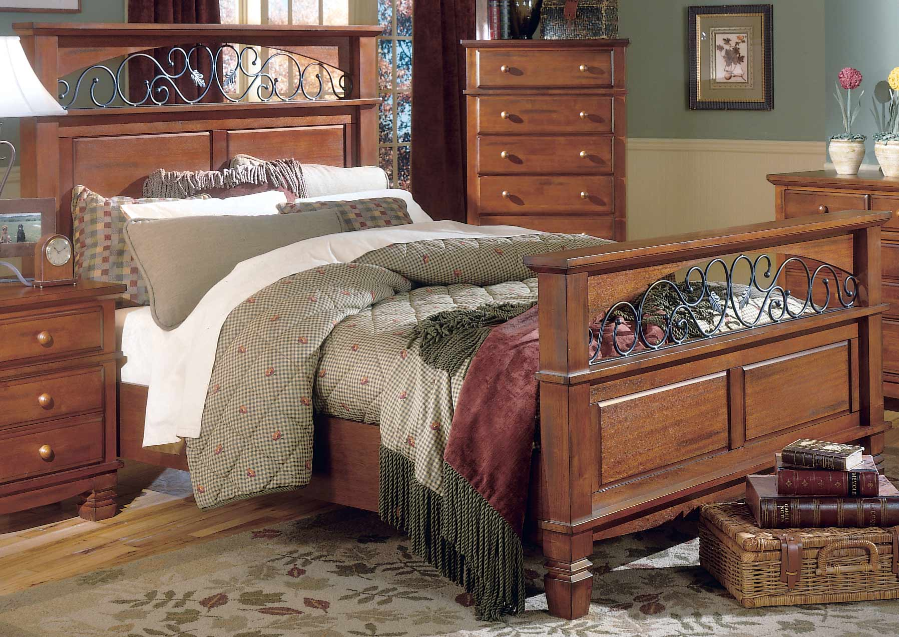 Homelegance Lareto Bed with Wood Rails