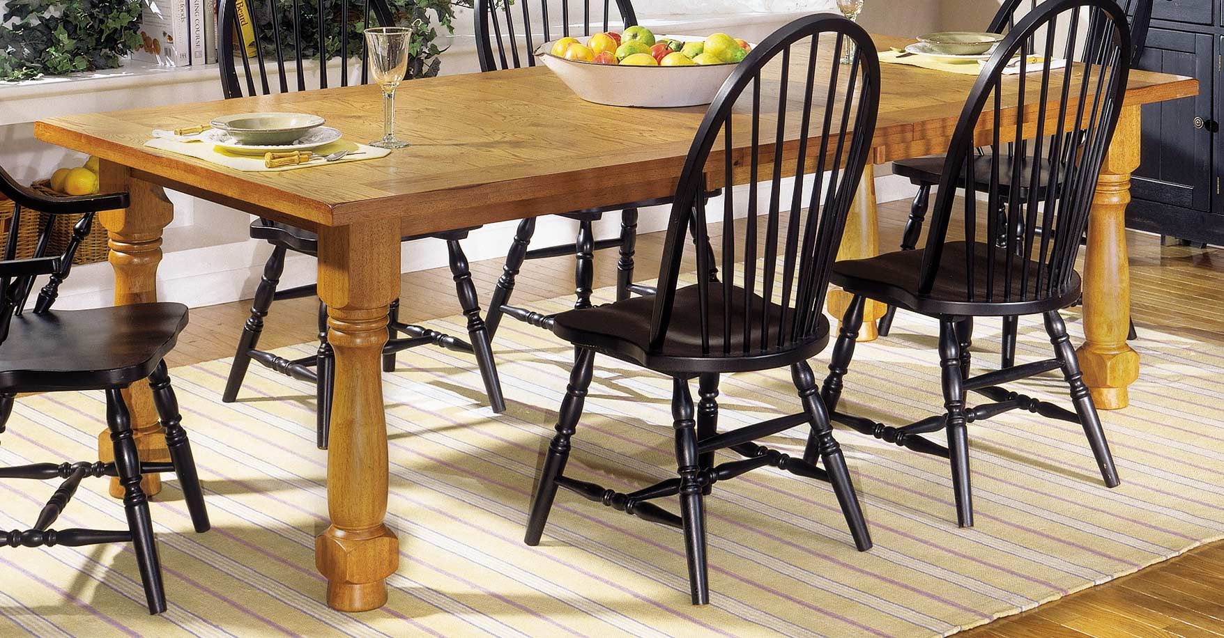 Homelegance American Dreamer Dining Table with Extension