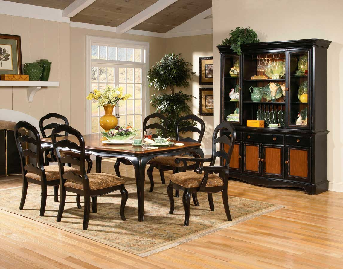 Homelegance Salem Dining Collection