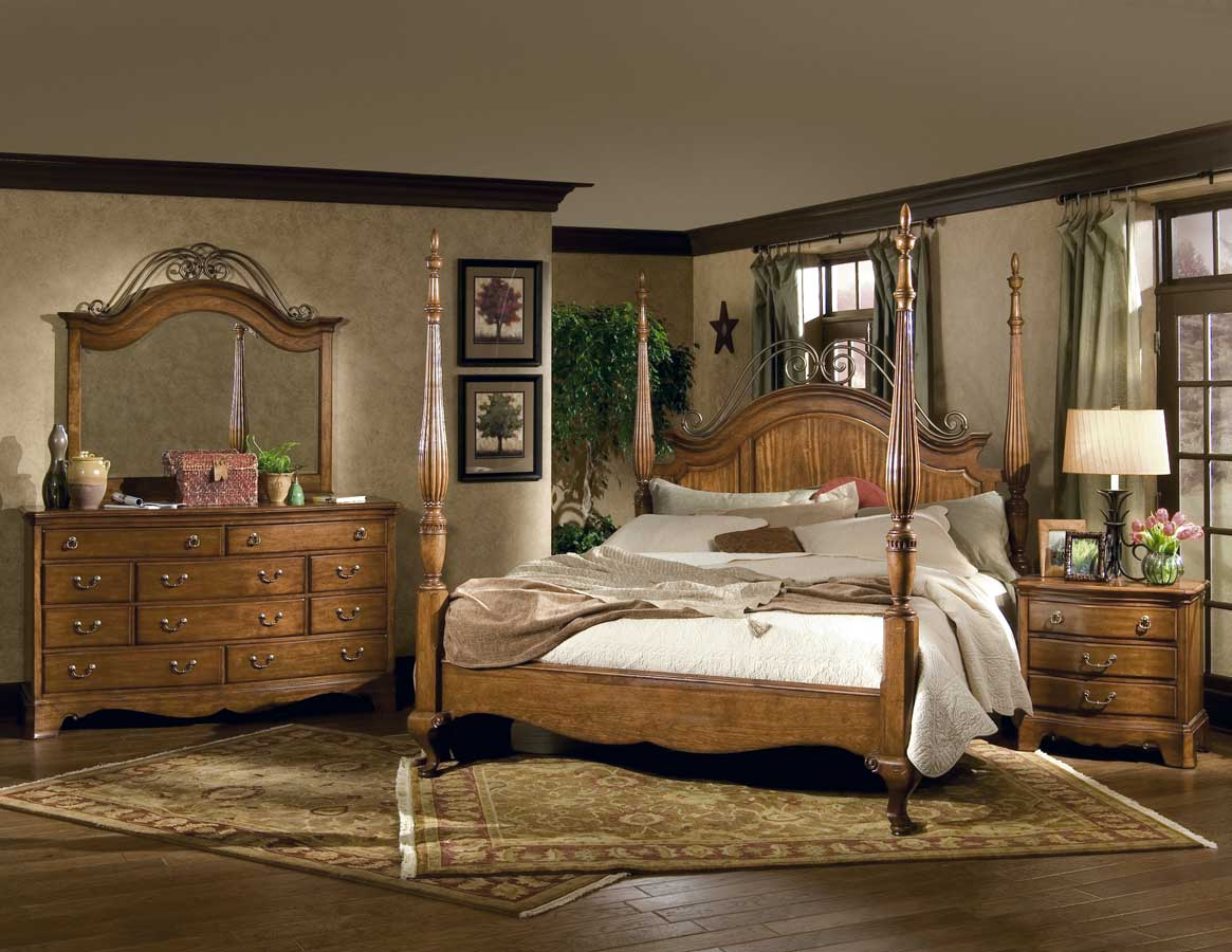 Homelegance Americana Poster Bedroom Collection
