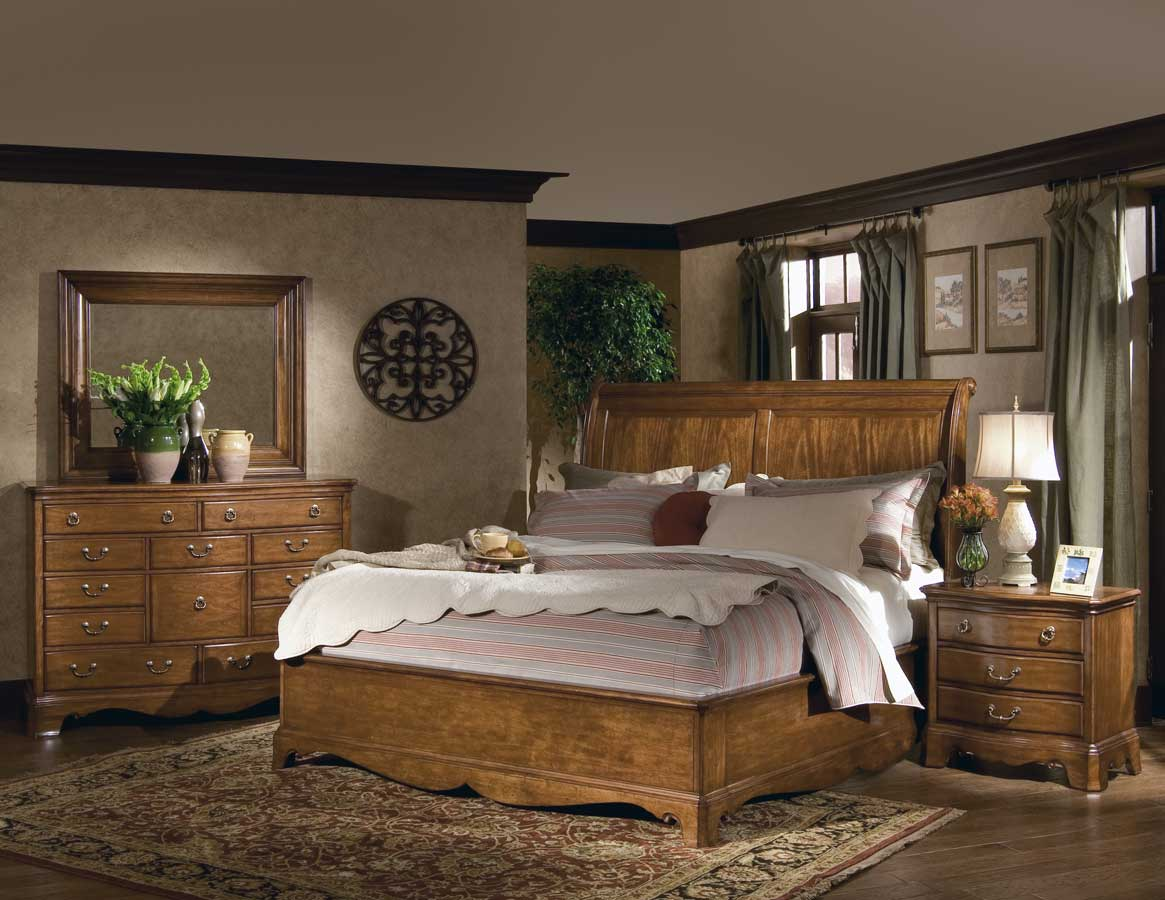 Homelegance Americana Sleigh Bedroom Collection