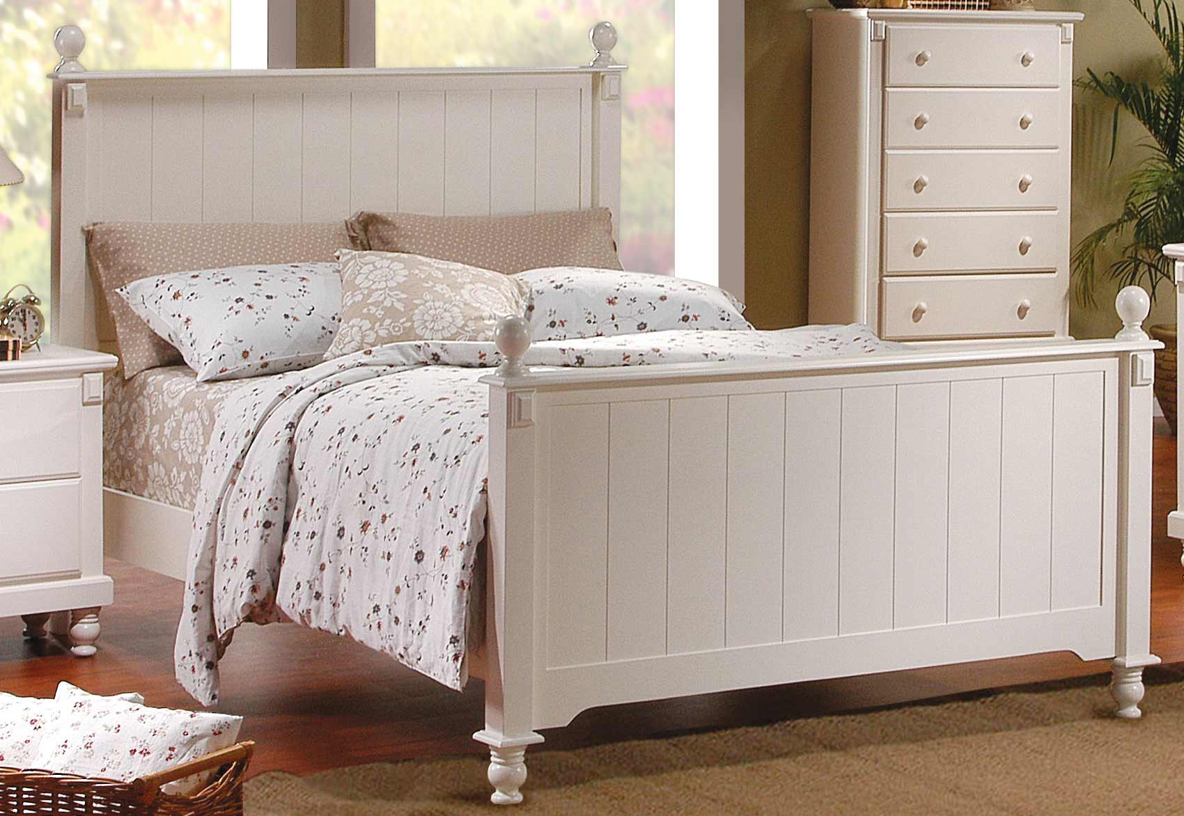 Homelegance Pottery Panel Bed White