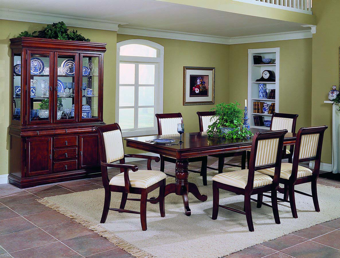 Homelegance Louis Philippe Dining Collection