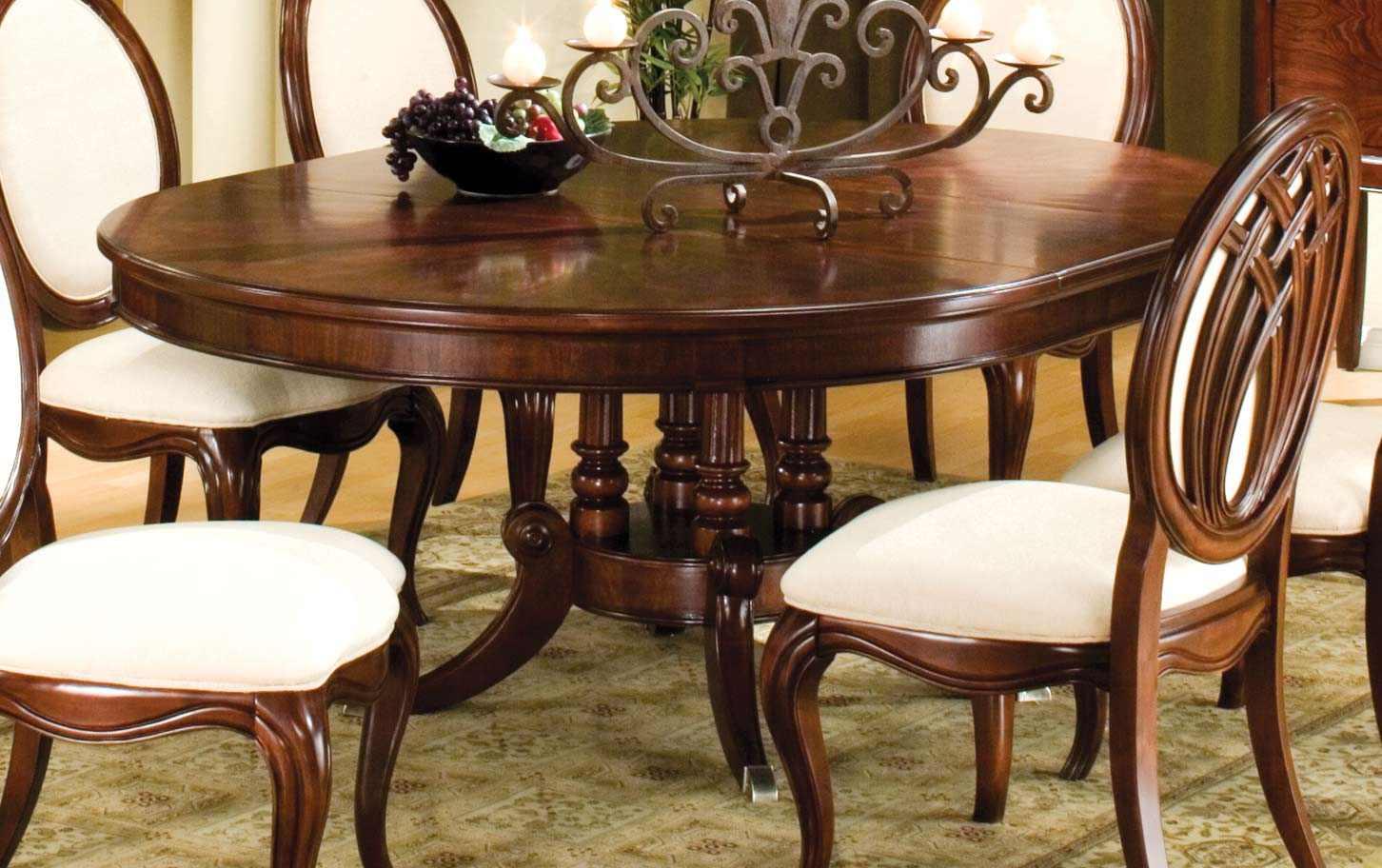 Homelegance Maltese Round or Oval Dining Table