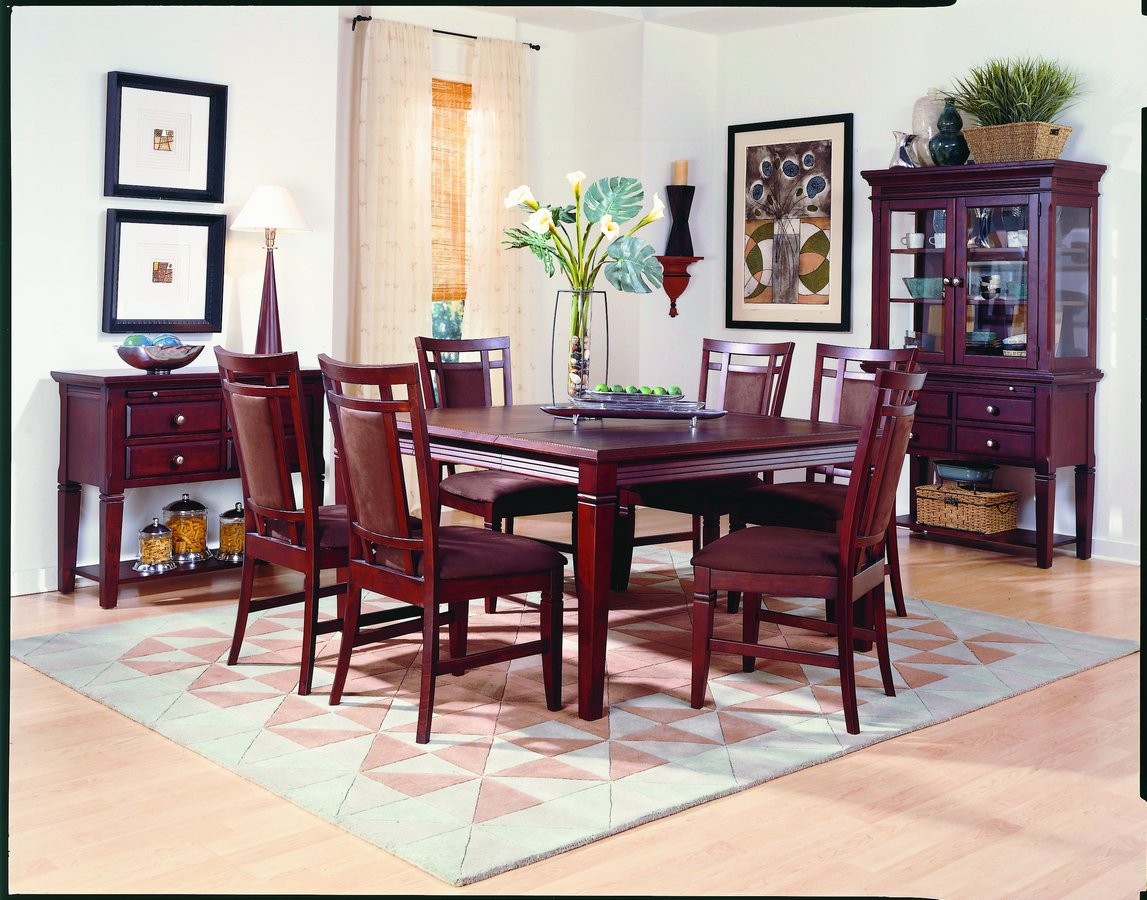 Homelegance The Richmond Dining Collection