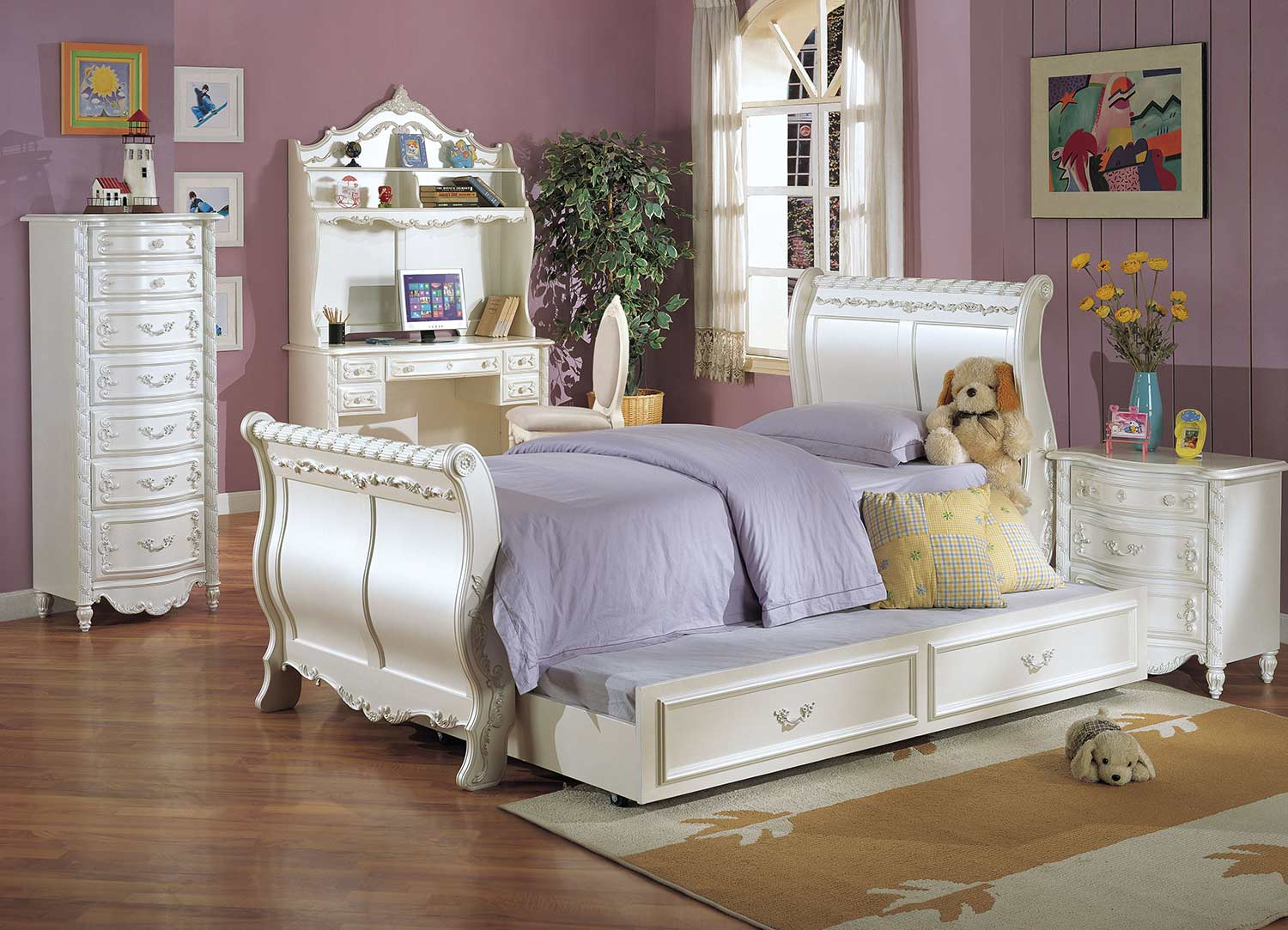 Acme Pearl Bedroom Set (Sleigh) - Pearl White/Gold Brush Accent