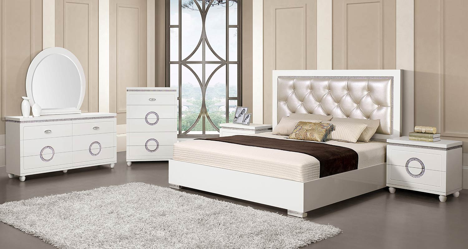 Acme Vivaldi Bedroom Set - Pearl Vinyl/White High Gloss