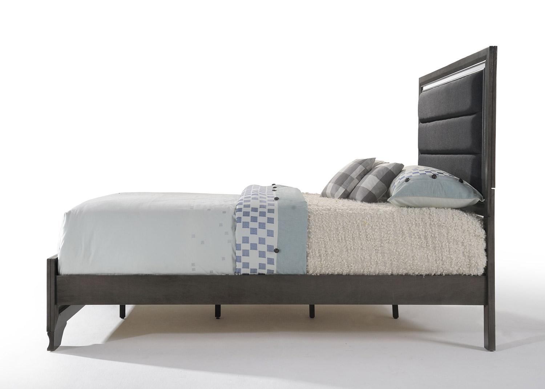 Acme Carine II Bed - Fabric/Gray