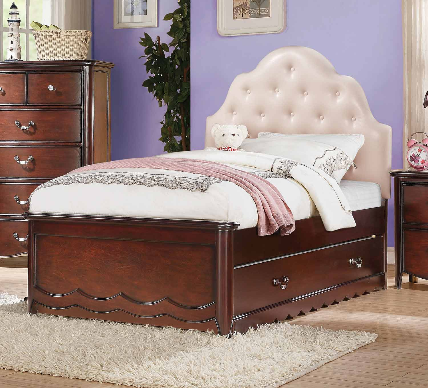 Acme Cecilie Bed - Pink Vinyl/Cherry