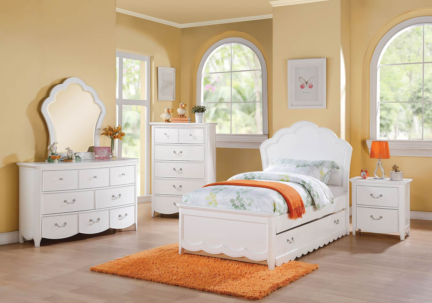 Acme Cecilie Bedroom Set (Wooden HB) - White