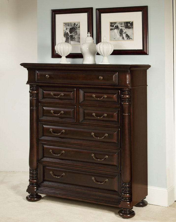 American Drew Carriage Place 8 Drawer Chest