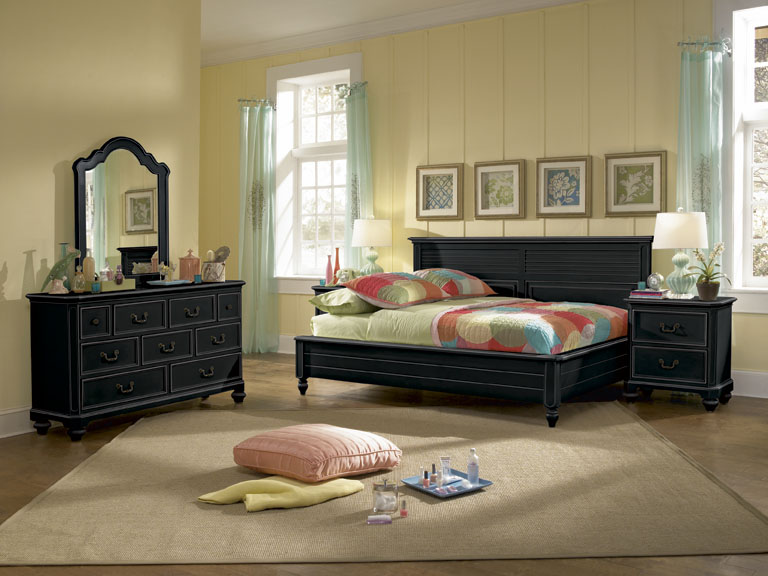 American Drew Retreat Sideways Bedroom Collection A - Black