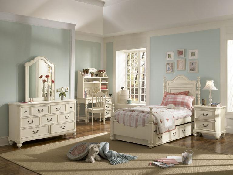 American Drew Retreat Panel Bedroom Collection - Antique White