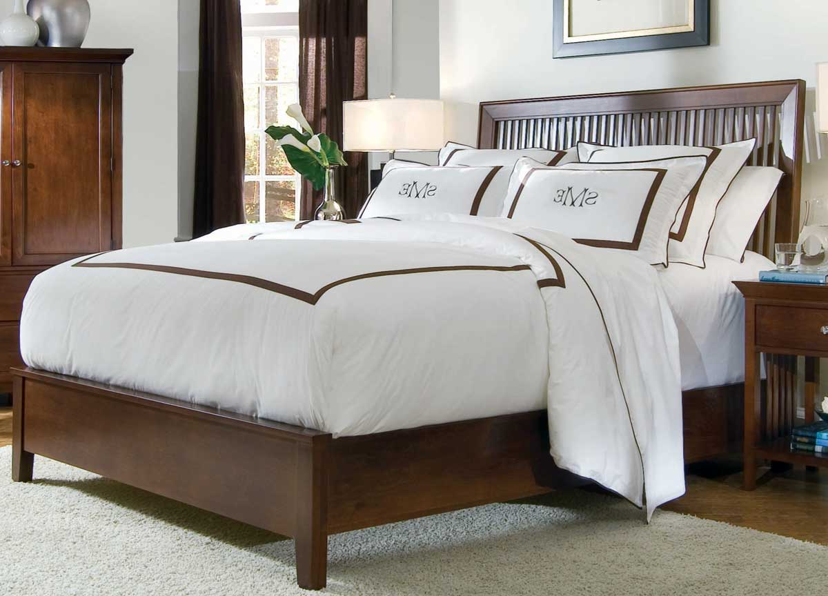American Drew Sterling Pointe Slat Bed Cherry