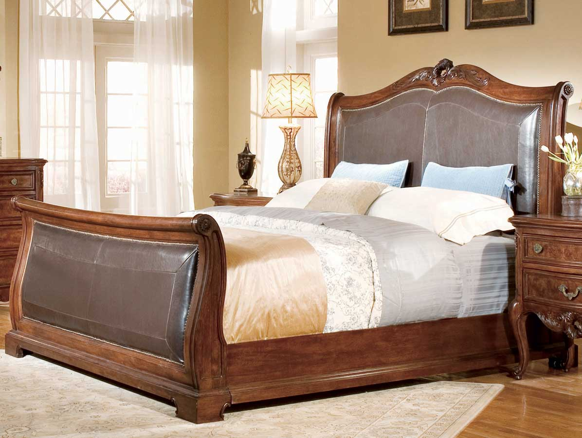 American Drew Bordeaux Bi-Cast Leather Sleigh Bed