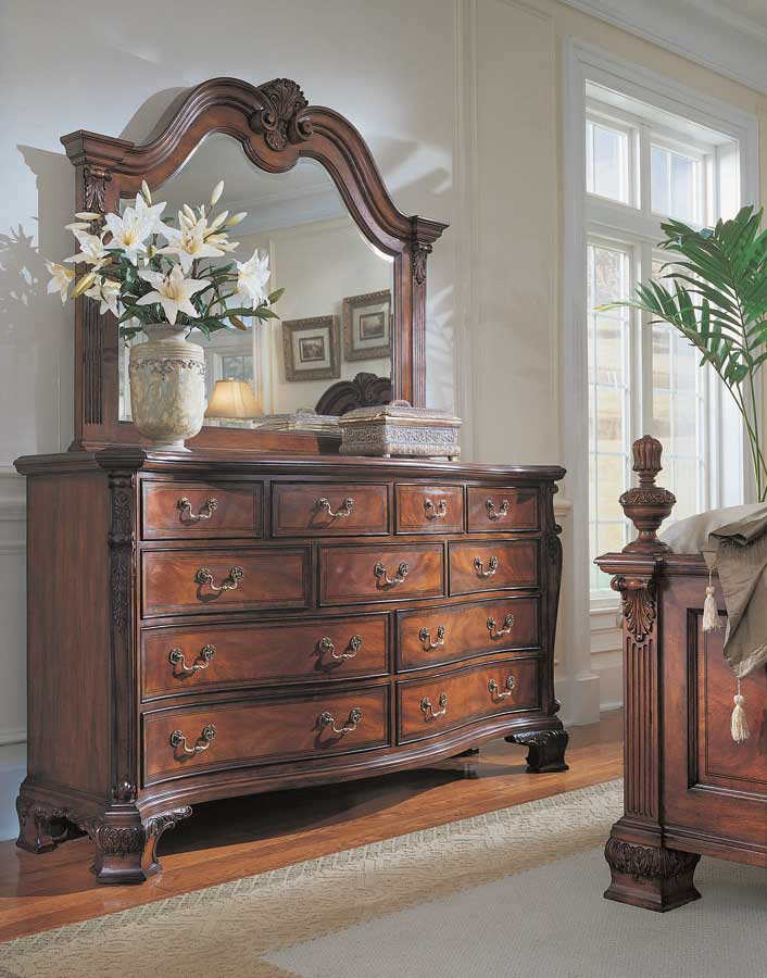 American Drew Wentworth Manor Triple Dresser