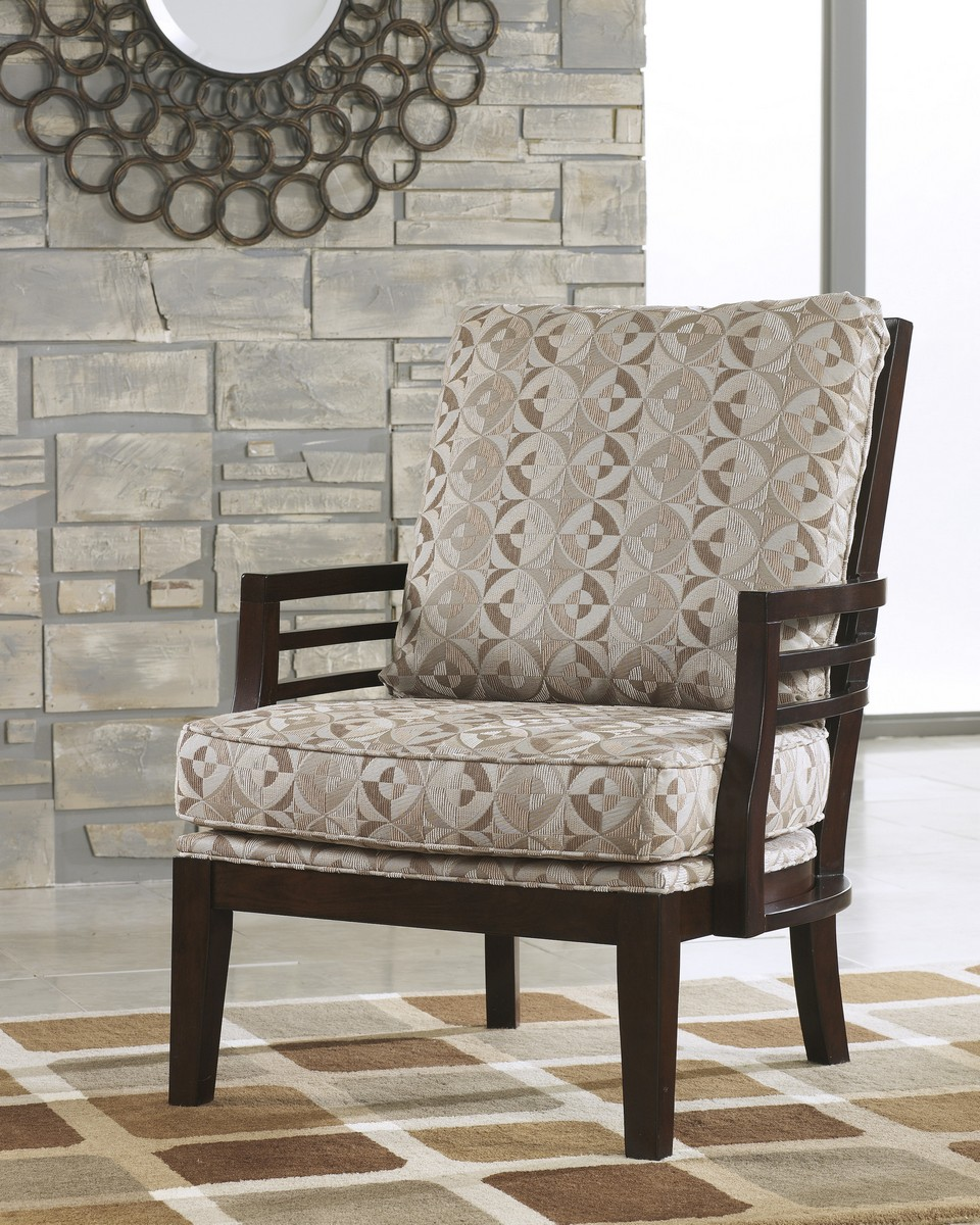 Ashley Circa Showood Accent Chair - Beach