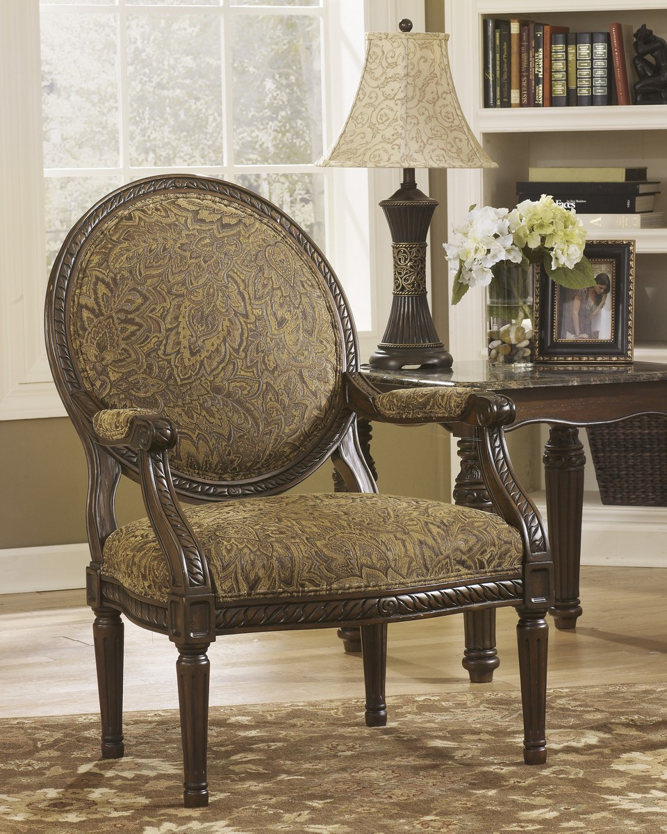 Ashley Cambridge Showood Accent Chair - Amber