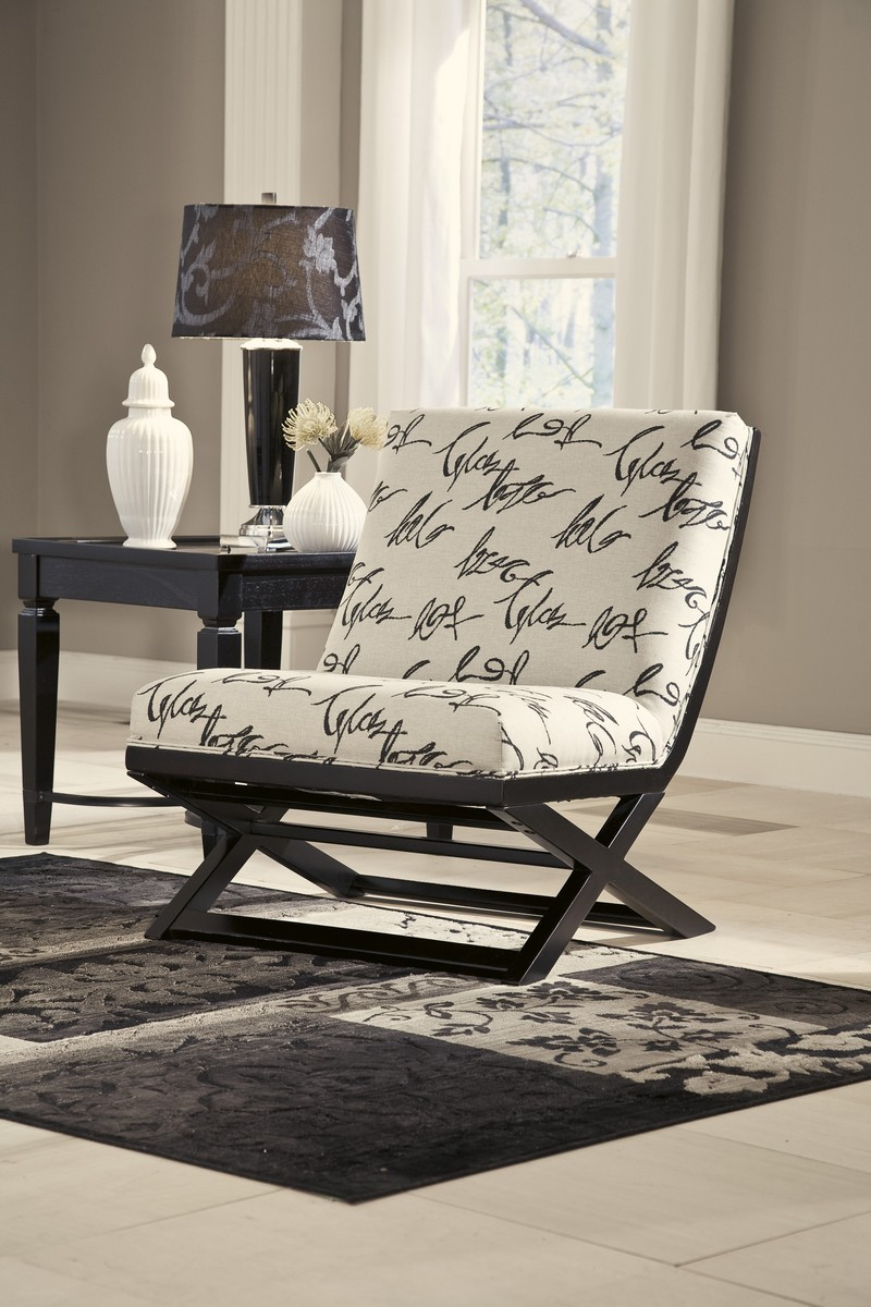 Ashley Levon Showood Accent Chair - Charcoal