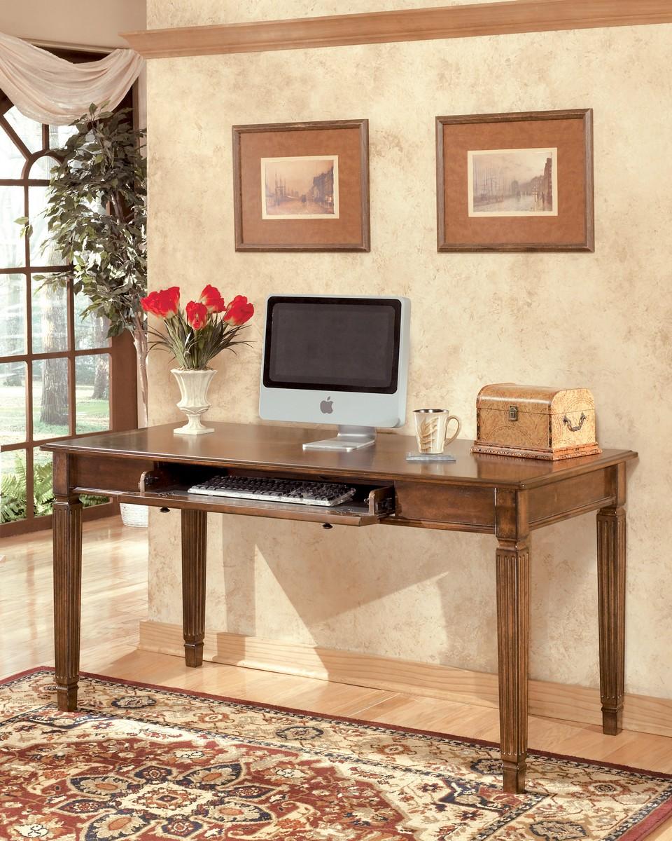 Ashley Hamlyn Home Office Large Leg Desk