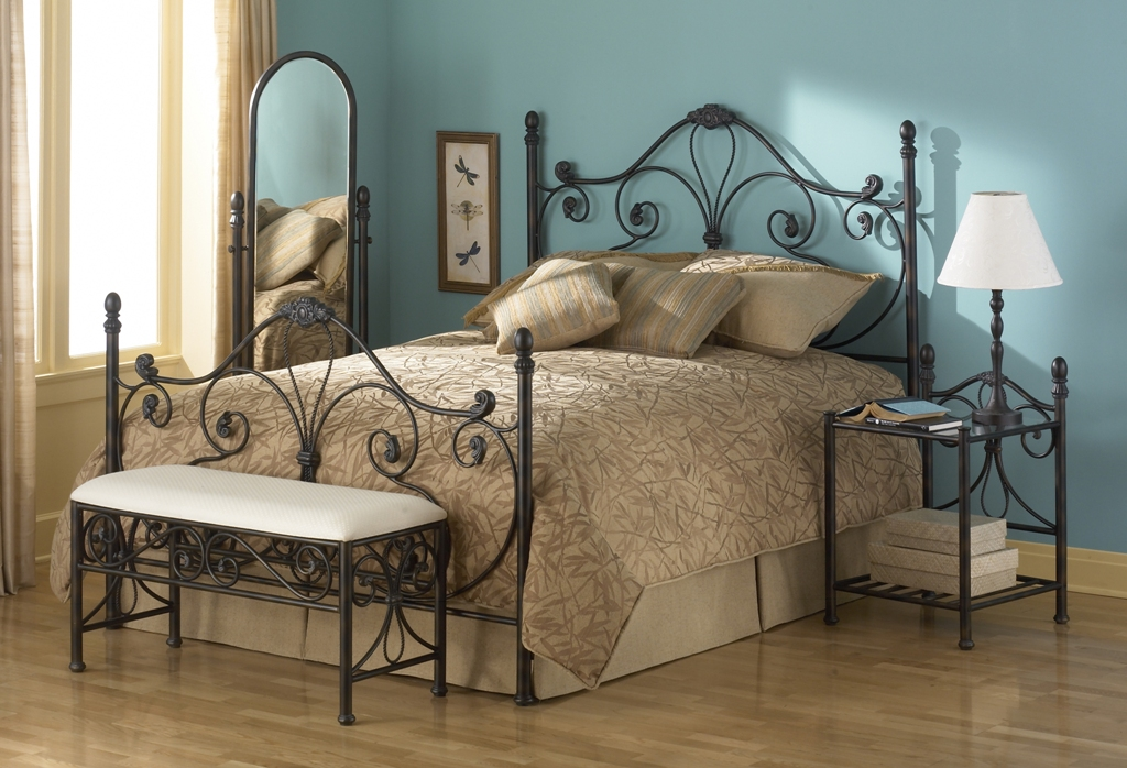 Fashion Bed Group Aynsley Mirror in Gold Frost